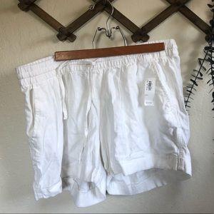 NWT old navy white drawstring shorts size large